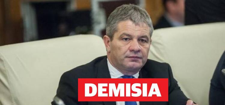 USR Bihor cere demisia Ministrului Sănătății, Florian Bodog
