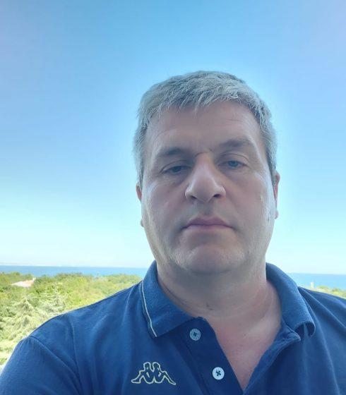 Adrian Szöke
